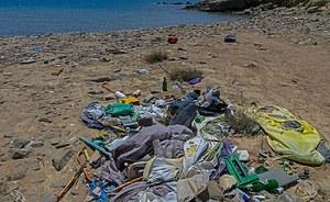 Spiaggia pulita? Solo se contiene meno di 20 rifiuti ogni 100 metri